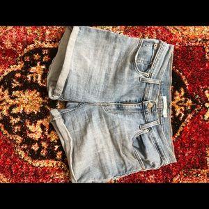BARLEY WORN levi's mid length shorts .
